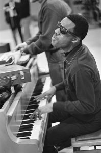 Stevie_Wonder_1967_(1)